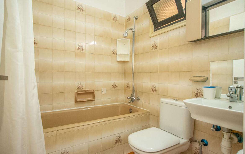 Однушка в Каппарисе - ванная