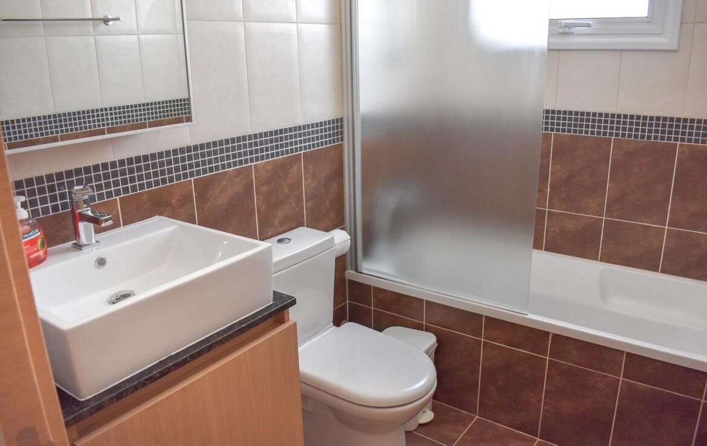 Объекты недвижимости в Каппарисе - Ванная