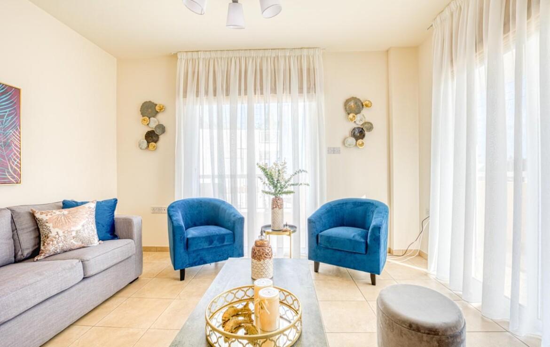 Купить квартиру в Паралимни - гостиная