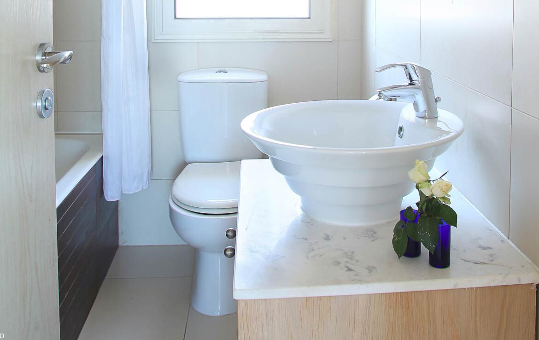 недвижисмость Кипра - ванная