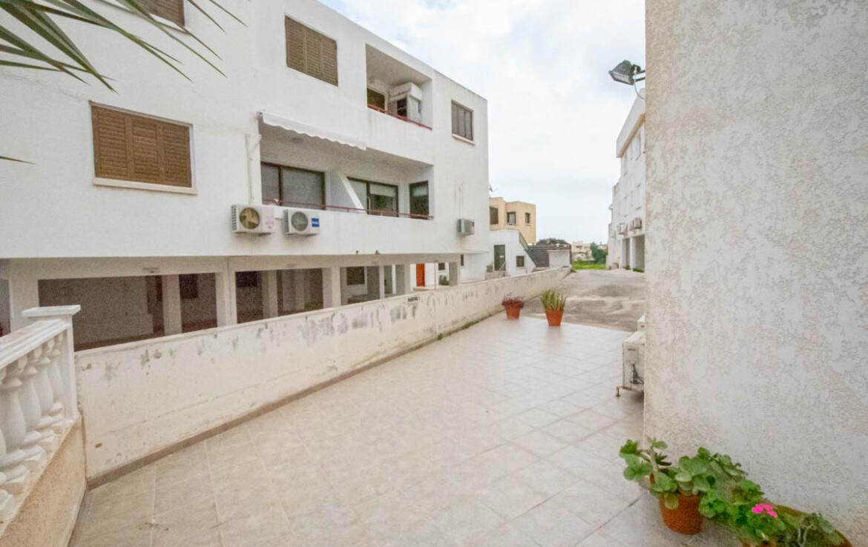 Квартира в Каппарисе - веранда