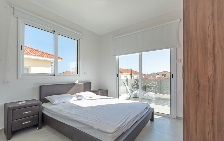 Апартаменты недалеко от моря - спальня