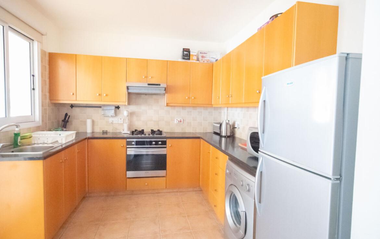 Купить апартаменты в Каппарисе - кухня