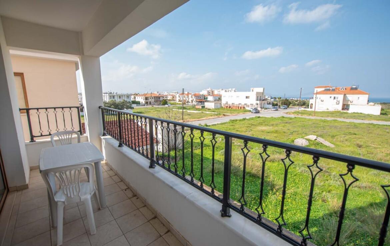 Квартира в Дериньте - балкон