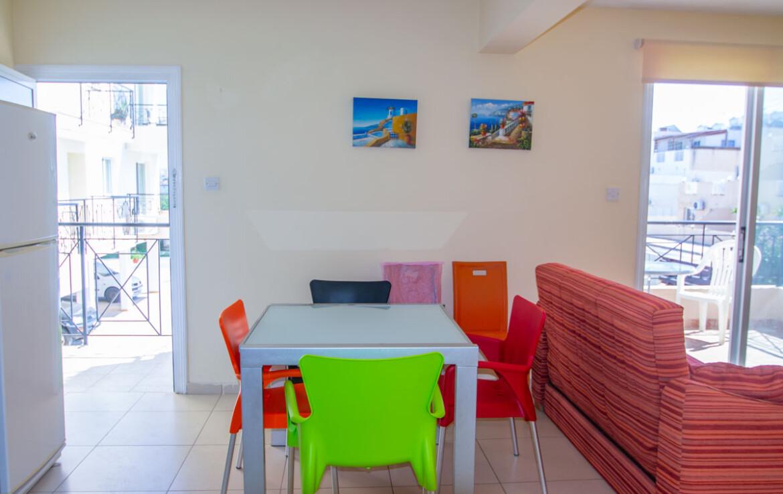 Односпальные апартаменты в Каппарисе - обеденная зона