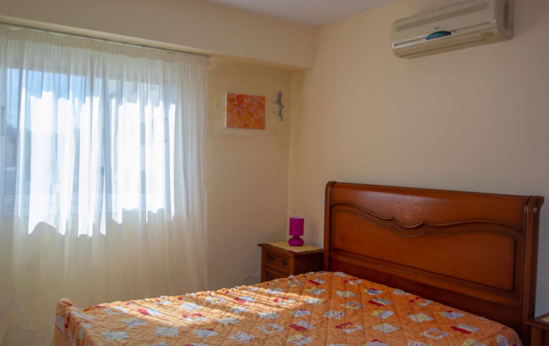 Односпальные апартаменты в Каппарисе - спальня