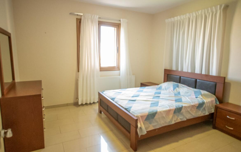 Апартаменты в Деринье - спальня