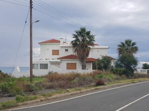 Вилла в Айос Теодорос