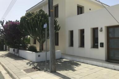 2-villa-in-livadia-5200