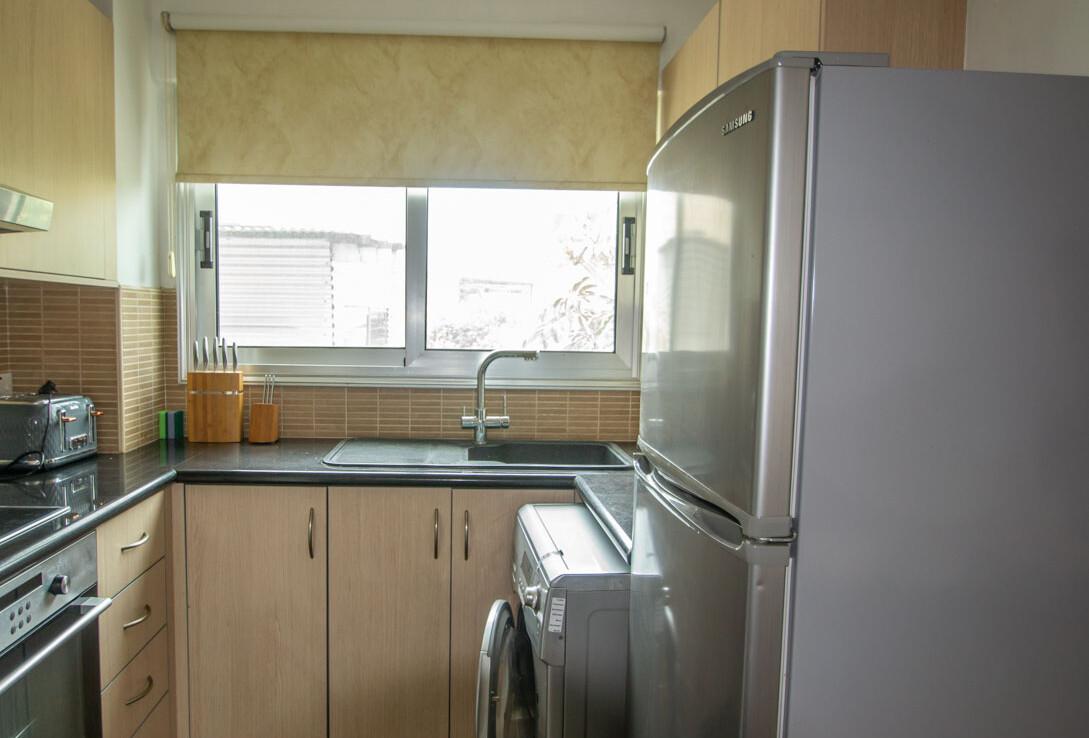 Апартаменты с титулом в Паралимни - кухня