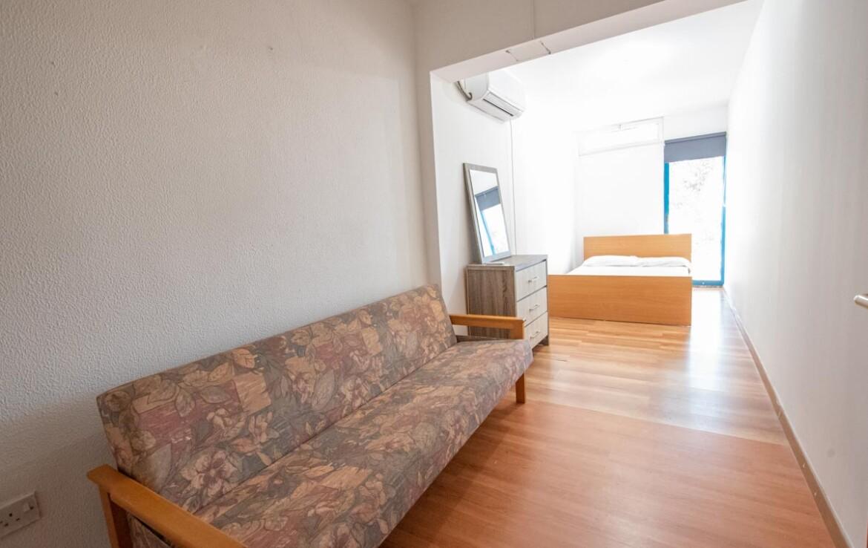 Танухаус в Каппарисе на продажу - спальня