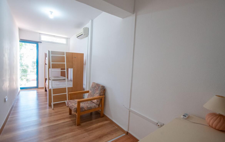 Трехспальный таунхаус в Каппарисе - спальня