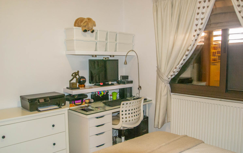 купить бунгало на Кипре -спальня