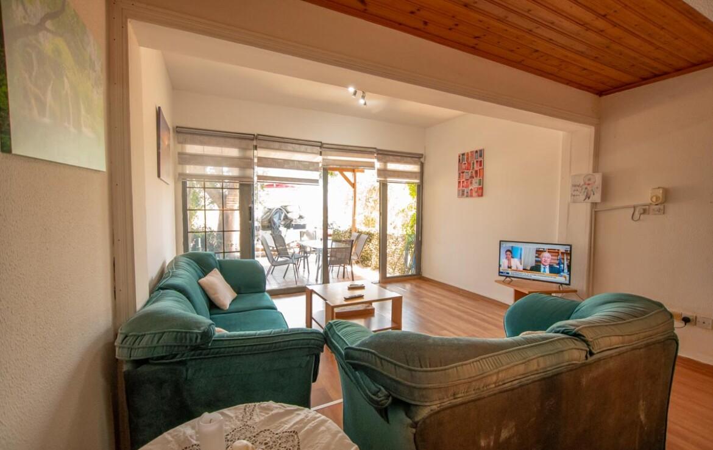 Недвижимость в Каппарисе - гостиная