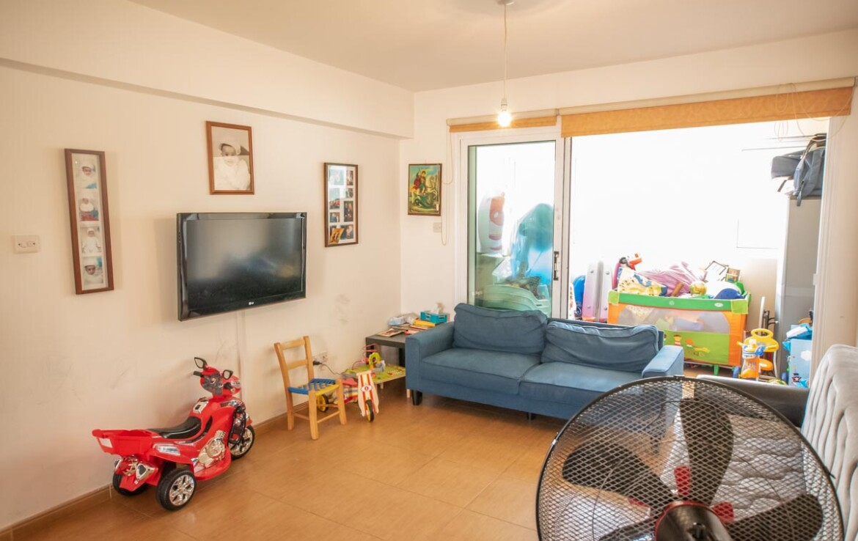 купить квартиру в Каппарисе - гостиная