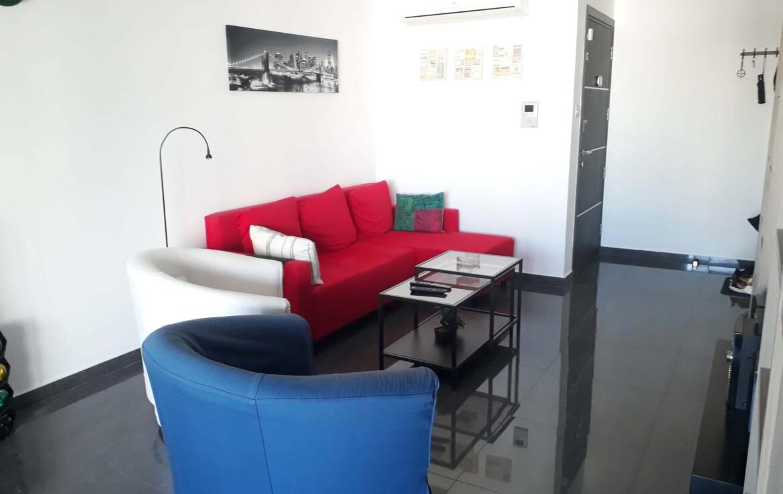 Апартаменты в Ларнаке - гостиная