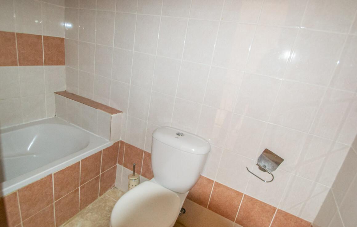 Таунхаус в Лиопетри - ванная