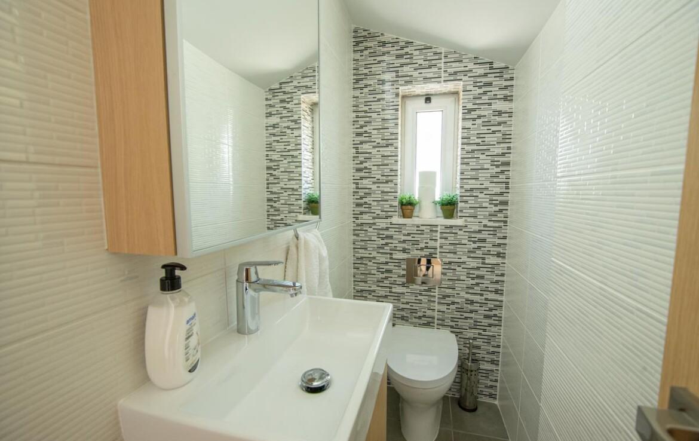 Вилла в Протарасе - гостевой туалет