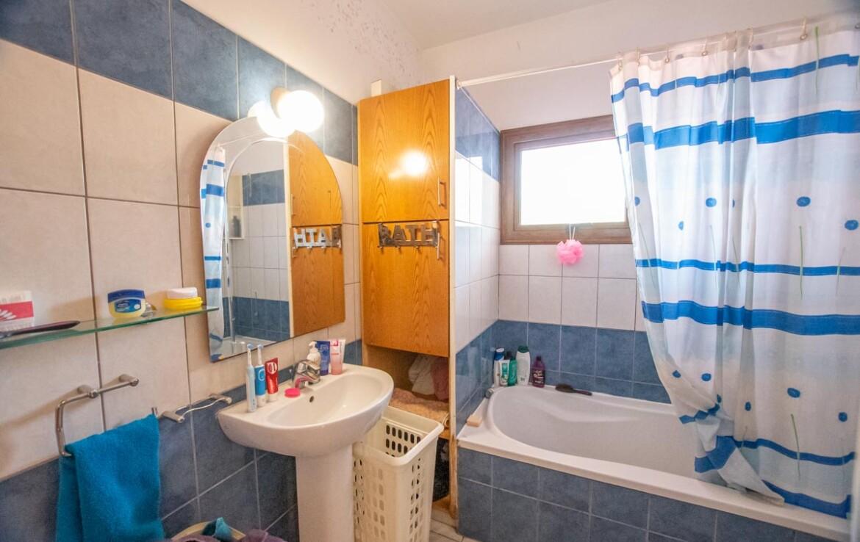Дом в Ларнаке - ванная