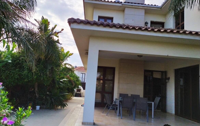 Дом на продажу в Ларнаке
