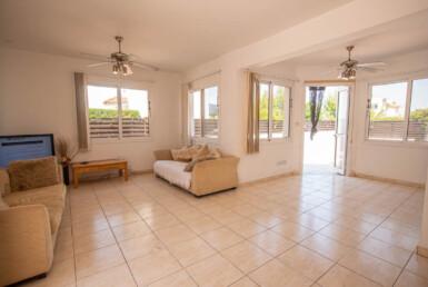 9-Villa-in-Protaras-5254
