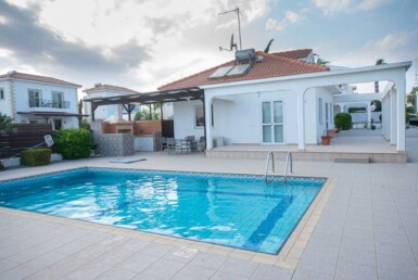 2-Bungalow-in-Ayia-Thekla-5313