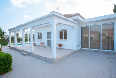 4-Bungalow-in-Ayia-Thekla-5313