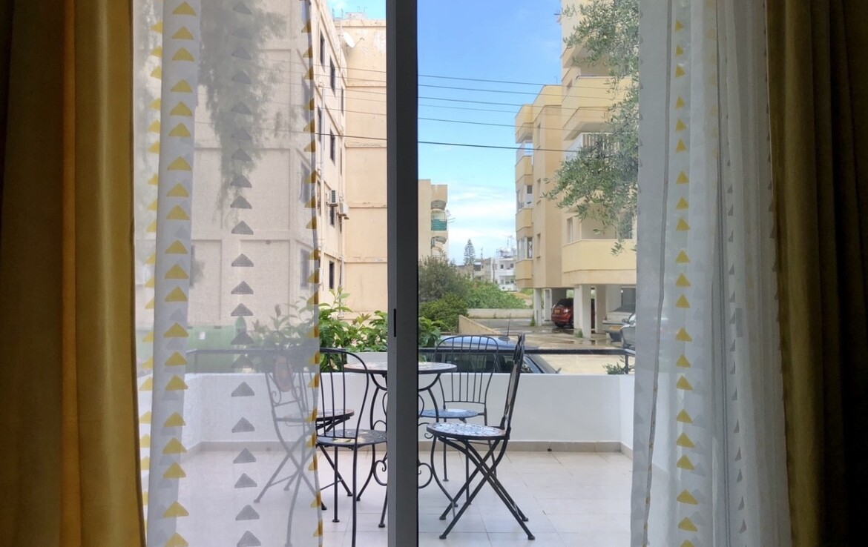 Апартаменты Кипра Ларнака - веранда