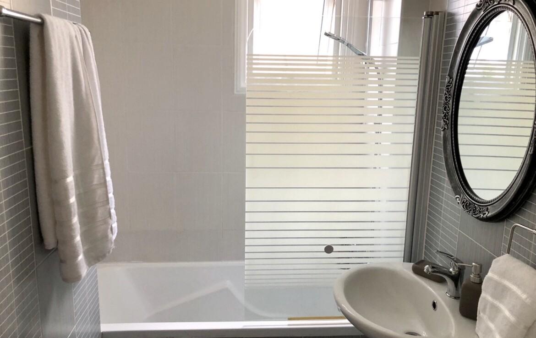 Апартаменты Кипра Ларнака - ванная