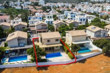2-2-seafront-villa-protaras-5340