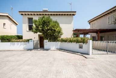 2-4-seafront-villa-protaras-5340