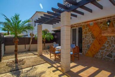 10-Villa-in-Ayia Thekla-5396.