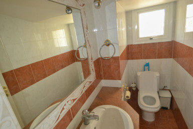 19-House-in-Paralimni-5409