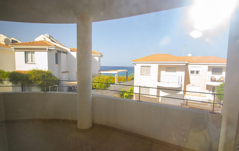 Апартаменты в Айя Триаде купить - балкон