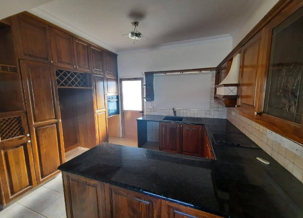 квартира в Сотирос - кухня