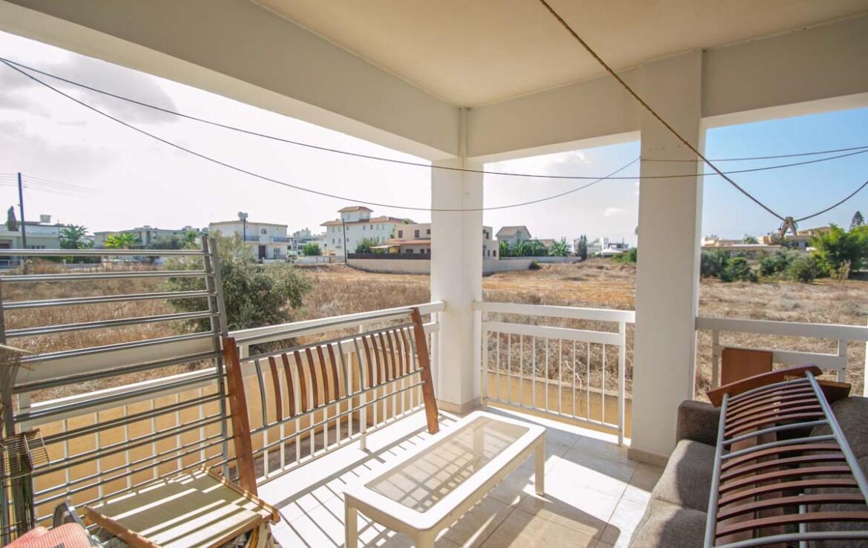 Квартира в Деринье - 3 спальни - балкон