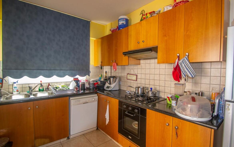 Апартаменты в Деринье - кухня