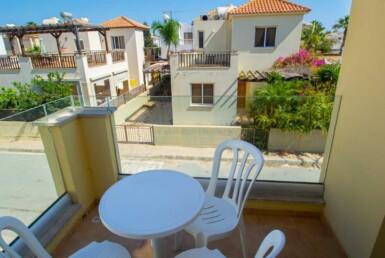 8-Villa-in-Ayia-Thekla-5418