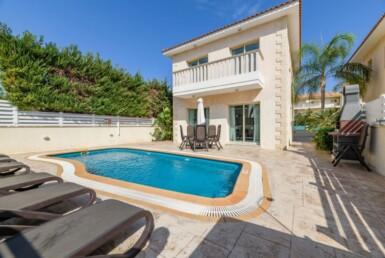 1-villa-in-pernera-for-sale-5464