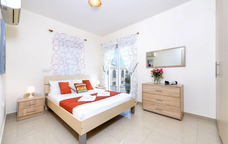 Трехспальная вилла с бассейном в Каппарисе - спальня