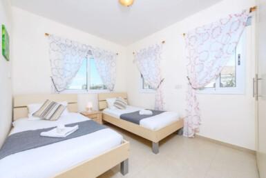 8-Villa-for-sale-in-Kapparis-5474