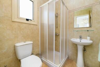 8-villa-in-pernera-for-sale-5464
