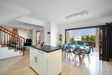 16-Villa-for-sale-cape-greco-5554