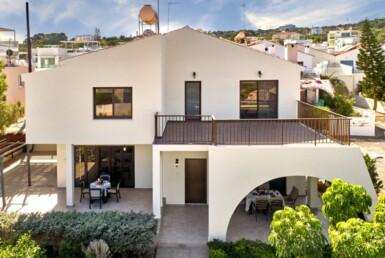 2-Villa-for-sale-cape-greco-5554