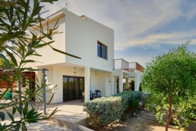 3-Villa-for-sale-cape-greco-5554