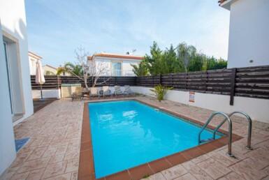 4-Villa-for-sale-Pernera-5584