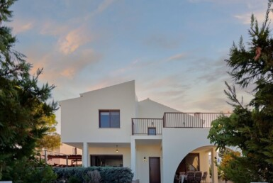 6-Villa-for-sale-cape-greco-5554