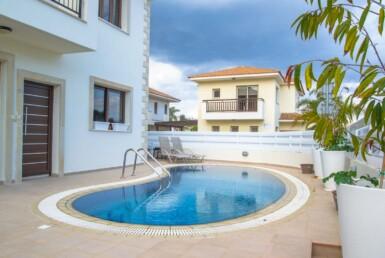 1-villa-in-pernera-5611