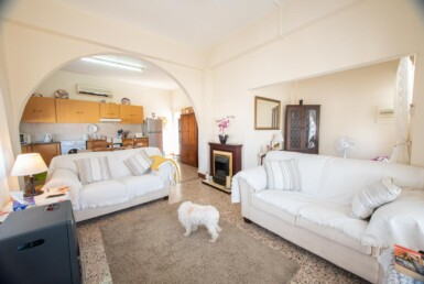 12-Bungalow-for-sale-5598