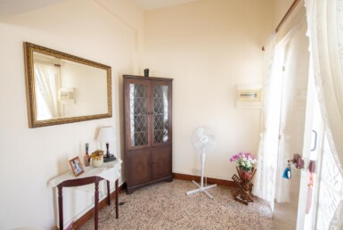 13-Bungalow-for-sale-5598